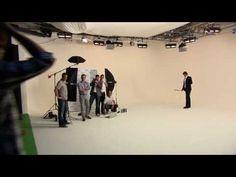 Amazing Roger Federer trickshot on Gillette ad shoot