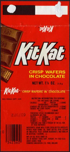 Just another example of a KitKat wrapper, this time coming in at a different weight. Mom Birthday Crafts, 90th Birthday Gifts, Birthday Gift Baskets, Vintage Advertising Posters, Vintage Advertisements, Candy Bar Bouquet, Minis, Candy Bar Posters, Jaffa Cake