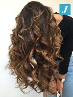 Sempre perfetto, da ogni prospettiva _ Degradé Joelle #cdj #degradejoelle #tagliopuntearia #degradé #igers #musthave #hair #hairstyle #haircolour #longhair #ootd #hairfashion #madeinitaly #wellastudionyc