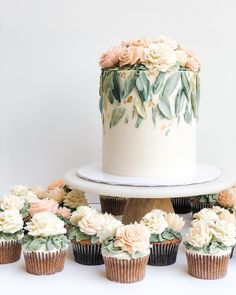 Pretty Cakes, Cute Cakes, Beautiful Cakes, Amazing Cakes, Wedding Cake Designs, Wedding Cakes, Wedding Cake Flowers, Wedding Vendors, Weddings