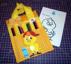 Bolsa de atividade com personagens Colouring, Coloring Books, Fabric Purses, Party Favors, Craftsman Fabric, Infant Activities, Hens, Theme Parties, Classroom