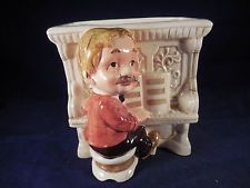 VINTAGE RELPO PLANTER MAN AT PIANO HAND PAINTED