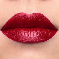 Jeffree Star Velour Liquid Lipstick Rich Blood swatch.