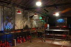 Monster Garage set designed by Dan Statler  #vulturekulture