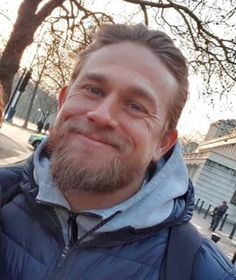 Jax Teller, Charlie Hunnam, My Muse, Attractive People, Celebs, Celebrities, Hot Guys, Long Hair Styles, 50 Shades