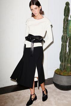 Chadwick Bell Spring 2015 Ready-to-Wear Fashion Show Ny Fashion Week, Fashion 2020, New York Fashion, Catwalk Fashion, Fashion Weeks, 2015 Fashion Trends, 2015 Trends, Celine, Black White Fashion