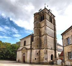 Champlitte : beffroi de l'église Saint Christophe (15ème siècle)