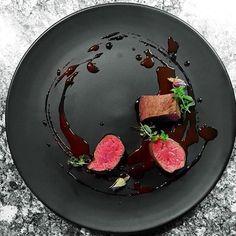 Chocolate 70%, expresso, rose, venison