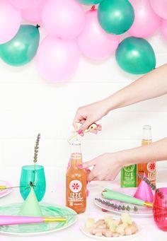 DIY Balloon Backdrop & more party hacks