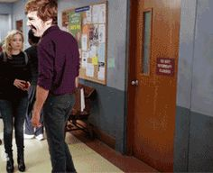 This pretty much explains everyone ever when they see Ben for the first time. (GIF)