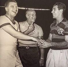 Puskas e Evaristo - 1957 - Flamengo x Honved e dois mitos do futebol mundial em campo. Gênios