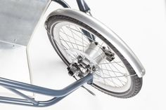 Eliancycles, Elian Veltman Cargobike 2016 - prototype © Owner: Eliancycles a custom bicycle builder Motorcycle Camping, Camping Gear, Bike Pedals, Kick Scooter, Cargo Bike, Mini Bike, Bicycle Design, Cool Bikes, Cycling