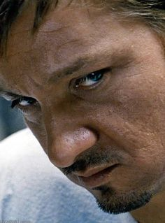 Jeremy Renner <- Because it may be in TBL but I'll always think he's actually Clint, if not... WHY WOULD HE COUNT IN RUSSIAN !?
