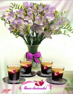 Joelle, Good Morning, Glass Vase, Night, Plants, Home Decor, Folklore, Bonjour, Planters