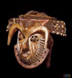 Democratic Republic of Congo - Kuba Mask (Indianapolis Museum of Art). Creation date 1920-1950