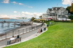 Bar Harbor Maine, summer home to the Rockefellers and others, quintessential shingled cottages, and over 5 millions lobsters enjoyed here each year - wow!