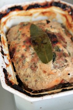 Terrine de poulet No Salt Recipes, Meat Recipes, Chicken Recipes, Cooking Recipes, Foie Gras, Charcuterie Cheese, Pub Food, Weird Food, Love Eat