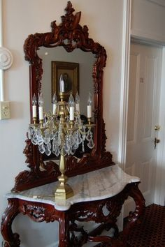 Elements of Victorian Décor - Victorian hall table (Creative Commons) – OMG! Victorian Hall Trees, Victorian Home Decor, Victorian Homes, Victorian Era, Victorian Furniture, Antique Furniture, Home Furniture, Elegant Home Decor, Elegant Homes