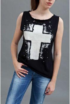 Μπλουζα αερινη βαμβακερή με στάμπα, σε δυο χρώματα μαύρο και λευκό.