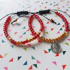 Wishing everyone a happy new year!  DerynADutchDesign.etsy.com #etsy #etsyseller #etsystore #etsysellersofinstagram #bracelet #bracelets #armband #macrame #macramé #red #ruby #color #colour #geometric #print #jewelry #jewellery #handmade #craft #crafting #giftset #gift #beads #beadedjewelry #marble #accessories #accessory #modern #charm #pendant