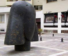 La Cabesa de Régina par Manolo Valdés. Biarritz. Aquitaine