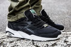 puma-trinomic-r698-black-white-1