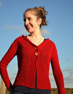 This would look stunning in Whitfell DK in Dogwood (rich red). http://www.ravelry.com/patterns/library/kersen