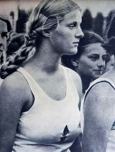 Picture Photo Young Bund Deutscher Mädel League German Girls Looking 2762 German Women, German Girls, German People, German Soldiers Ww2, German Army, Raza Aria, 1936 Olympics, Leni Riefenstahl, Ww2 Women