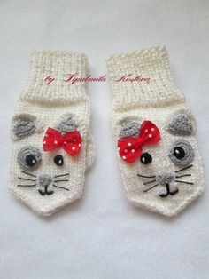 (4) Одноклассники Mittens Pattern, Knit Mittens, Knitted Gloves, Craft Patterns, Crochet Patterns, Toddler Mittens, Baby Hats Knitting, Beaded Cross Stitch, Christmas Knitting