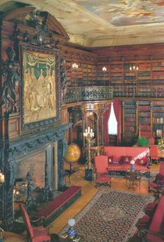 The Library at the first floor of the Biltmore House. Architect Richard Morris Hunt became the designer of choice for several grand houses, particularly for the Vanderbilt family.For George Washington Vanderbilt, Hunt designed a huge French Renaissance chateau called Biltmore (1888-1895), which is surrounded by formal gardens, at Asheville, North Carolina. #books #library #libri #biblioteca #livres #bibliotheque #interiordesign - More wonders at www.francescocatalano.it