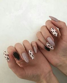 different nail shapes On Each Finger Gorgeous Nails, Love Nails, Pretty Nails, Fun Nails, Style Nails, Square Nail Designs, Nail Art Designs, Nails Design, Ongles Beiges