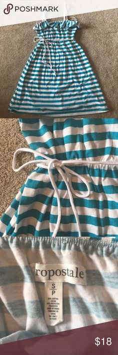 Aeropostale stripped dress NWT This Aeropostale dress is brand new and never worn. NWT. It is a light dress perfect as a cover up or for summer days. It is stripped with blue and white horizontal lines. Aeropostale Dresses Strapless