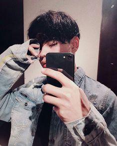 insta ~ ˚✧ Korean Boys Ulzzang, Ulzzang Couple, Ulzzang Boy, Korean Men, Korean Girl, Cute Asian Guys, Cute Korean Boys, Asian Boys, Asian Men