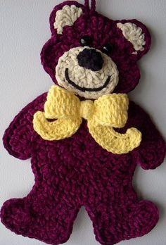 Crochet Bear Crochet Teddy Bear, wall deco, by Jerre Lollman Crochet Teddy, Crochet Bear, Love Crochet, Crochet Dolls, Crochet Flowers, Crochet Dinosaur, Appliques Au Crochet, Crochet Applique Patterns Free, Crochet Motif