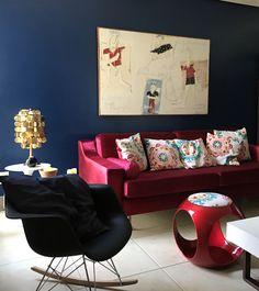 #colorful #tvroom #magenta