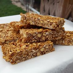 These chewy coconut oat bars from The Healthy Mummy are great for a healthy snack and quick and easy to prepare. Healthy Mummy Recipes, Healthy Baking, Sweet Recipes, Baking Recipes, Flour Recipes, Snacks Recipes, Diabetic Recipes, Vegetarian Recipes, Healthy Bars