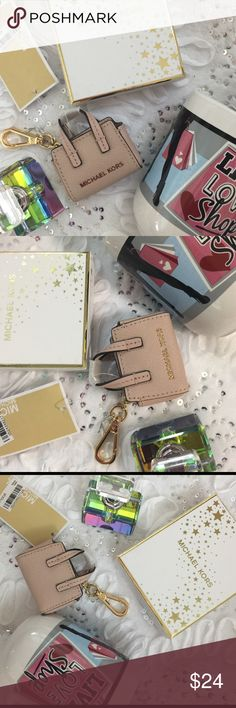 """Micheal Kors keychain Link it onto your keys or your handbag to store coins or pills and add a touch of style.   DIMENSIONS (bag only): Approx. 2.5"""" (L)  2.25"""" (H)  GUARANTEED 100% NEW AND AUTHENTIC! FEATURES Scratch Resistant Saffiano Leather MICHAEL Michael Kors Accessories Key & Card Holders"""
