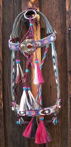 Hitched Horsehair Headstall by award winning artists, Shoni and Ron Maulding at… Western Horse Tack, Cowgirl And Horse, Western Riding, Horse Barns, Horse Halters, Horse Saddles, Horse Costumes, Barrel Racing Horses, Horse Training Tips