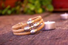 Pulsera de corcho, pulsera corcho y zamak, pulsera vegana, pulsera artesana, hecha a mano, pulsera mujer. ▪●♦◊Ѻ◊♦●▪ Vegan bracelet, woman bracelet, handmade, especial gift, cork bracelet.