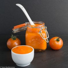 Healthy homemade tomato & red pepper sauce