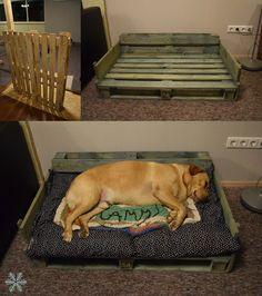 Pallet project- DIY dog bed. Love Labrador