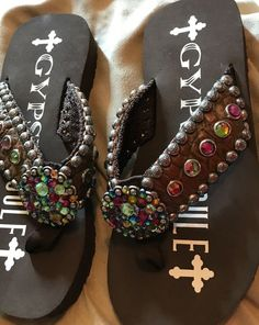 b7226d135 Gypsy Soule brown flip flops sandals with Crystals size 6  fashion   clothing  shoes