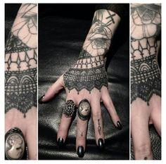 tattoos on pinterest hand tattoos tattoo ink and tat. Black Bedroom Furniture Sets. Home Design Ideas