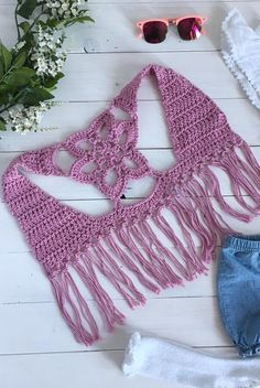50 Gorgeous Free Crochet Cardigan Patterns for Women - Page 42 of 50 - hotcrochet .com 50 Gorgeous Free Crochet Cardigan Patterns for Women - Page 42 of 50 - hotcrochet . Gilet Crochet, Crochet Cardigan Pattern, Crochet Jacket, Crochet Blouse, Knit Crochet, Crochet Granny, Crochet Girls, Crochet Baby Clothes, Crochet Woman