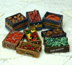 [Wooden boxed vegetables]. 1/25 scale