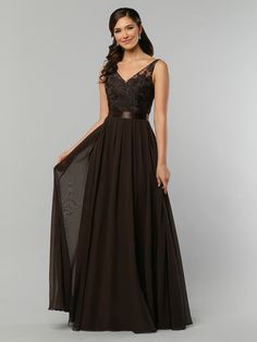 DaVinci Bridal is your ultimate destination for Bridesmaid Dresses, Designer wedding gowns and best bridal dresses online. Pictures Of Bridesmaid Dresses, Bridesmaid Dresses Australia, Affordable Bridesmaid Dresses, Bridesmaid Dresses Plus Size, Mismatched Bridesmaid Dresses, Designer Bridesmaid Dresses, Designer Wedding Gowns, Bridesmaids, Bridal Dresses Online
