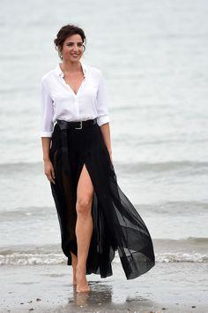 A far innamorare il commissario Montalbano di Luisa Ranieri sarà stato il suo corpo da pin-up o la sua dolcezza?!
