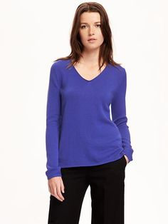Amazon Essentials Women s Standard Crewneck Sweater 97c723966