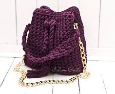 WEBSTA @ i_love_create - Нереально модная Bucket bag сумка- мешок, тренд и новинка 2017 года Девочки, она честно-честно была в наличиино, недолгоушла прямиком на день рождение прекрасной НастенькиНо, я с удовольствием повторю ее для вас, в более чем 40 цветах☝Размер: дно- 14*26 см, высота 25 см, длина 27 см ( небольшая, но очень вместительная)Состав: хлопок 100%, подкладка атласЦена 850 грнДля заказа Viber/direct, 099 28 58 726#crochetbags #spring2017 #bucketbag #i_love_create #mad