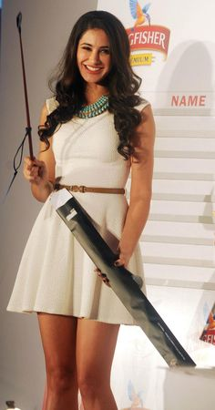 2012) So Pretty: Bollywood actress Nargis Fakhri gorgeous in sleeveless A-line dress with thin belt, strappy heels, and lovely hair too. #bollywood #bollywoodfashion #nargisfakhri #dress #alinedress #hair @indiatimes via @sunjayjk Nargis Fakhri Photograph PHOTO PHOTO GALLERY  | SCONTENT.FPAT2-1.FNA.FBCDN.NET  #EDUCRATSWEB 2020-03-31 scontent.fpat2-1.fna.fbcdn.net https://scontent.fpat2-1.fna.fbcdn.net/v/t1.0-0/p600x600/91573655_1775578699251908_5711660235656003584_o.jpg?_nc_cat=101&_nc_sid=730e14&_nc_oc=AQlzfZenKDs_FjSmyHiar7DLVKZeJS4N5CW5nOTsZQci7YwT4WcUa9mWZxt3ik_mv7ZKaK9cLJ7f0c9lbDhIhmpQ&_nc_ht=scontent.fpat2-1.fna&_nc_tp=6&oh=ee4a8804ee10b6796372b3d7fcb788de&oe=5EA8BA15